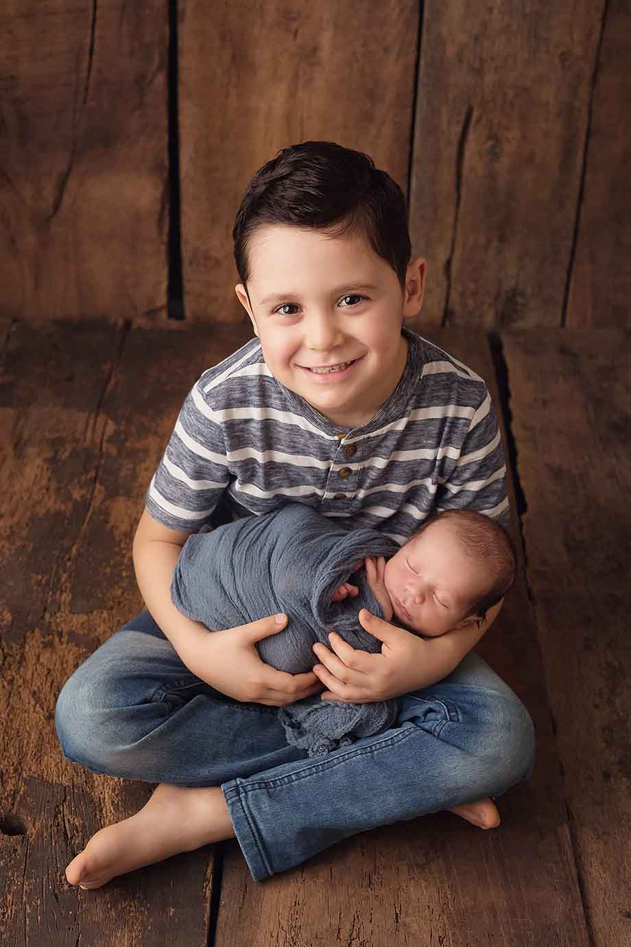 geschwisterbilder-neugeborenenshooting