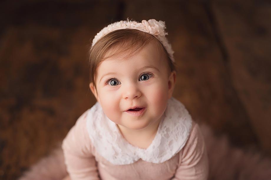 babyshooting-maedchenshooting-fotoshooting-nidda-rosa-zart-nude-nidda-giessen-katharina-herzen