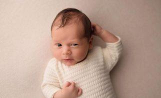 newbornshooting-junge-babyshooting-fotograf-nidda-giessen-katharina-herzen-schotten